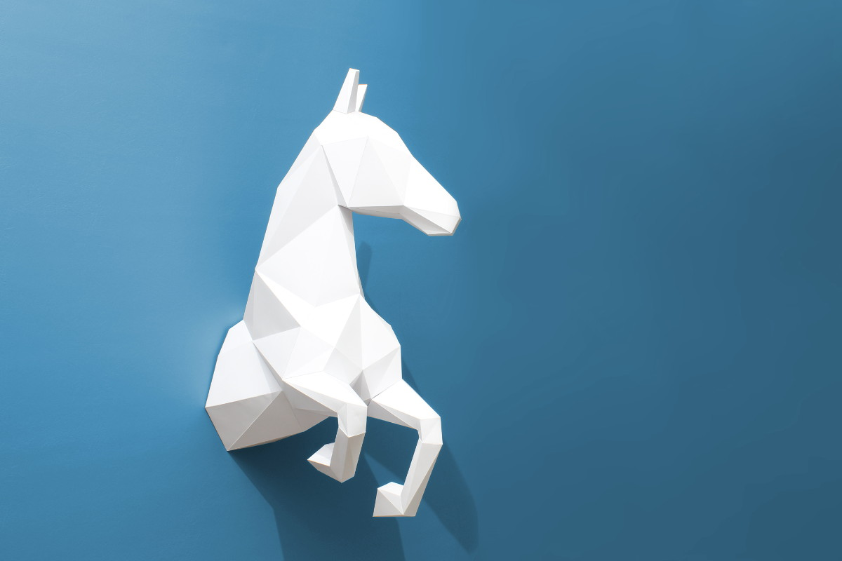 Halbes Pferd aus Papier